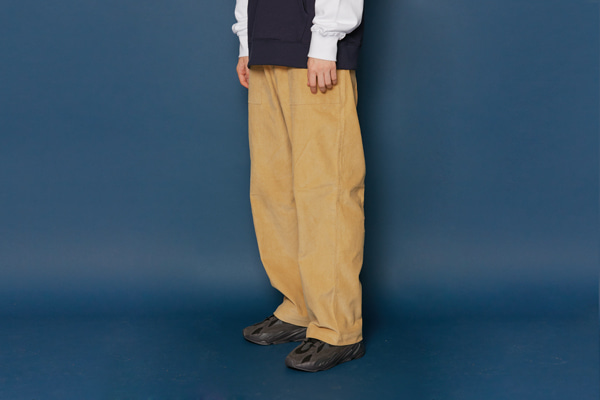 Wide Corduroy Pants (BEIGE)
